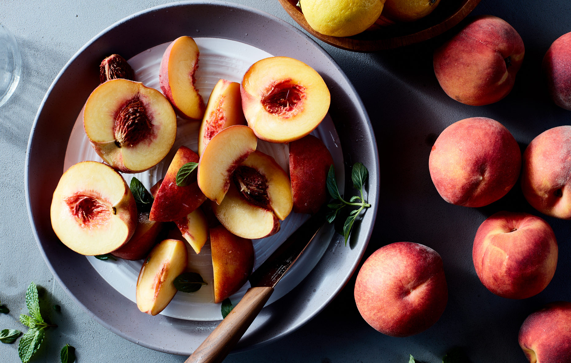 410705_peaches_styled_w_fruit_0675